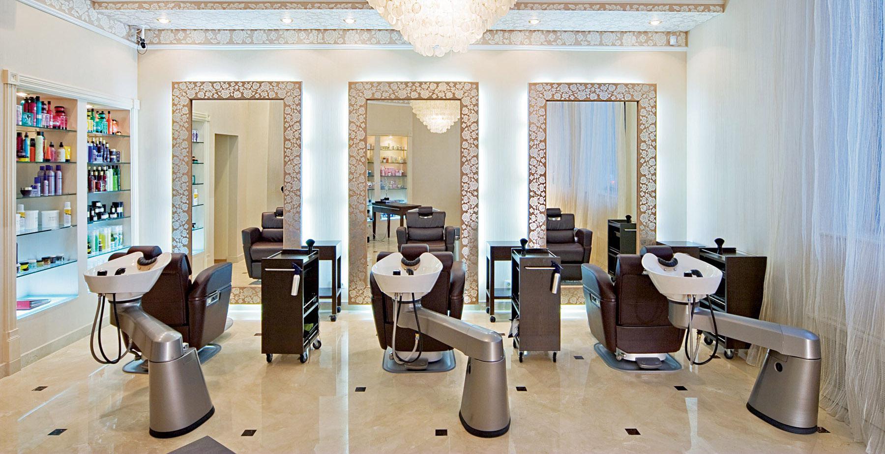 оформление парикмахерского зала