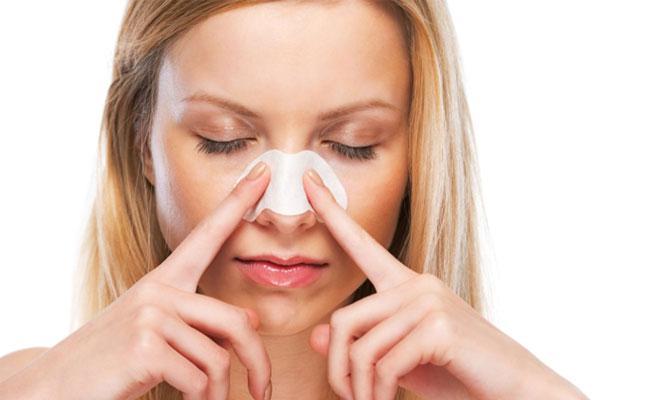 Избавления от черных точек на носу