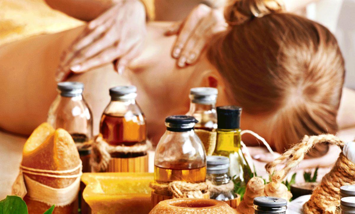 Косметика для массажа: виды, особенности, противопоказания