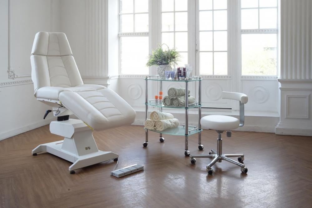 Мебель, необходимая для косметологического кабинета