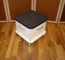 Подставка для педикюрной ванночки на колесах | Venko