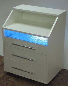 Косметологическая тележка с бактерицидной лампой К0032 | Venko