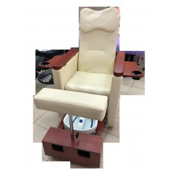 Педикюрное кресло с вибромассажной ванночкой для ног SPA-120 white (белое)   Venko